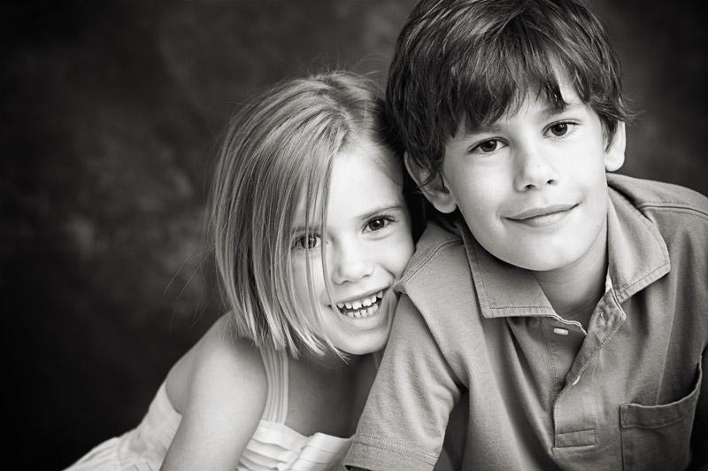 смотреть фото как брат ебёться со своей сестрой